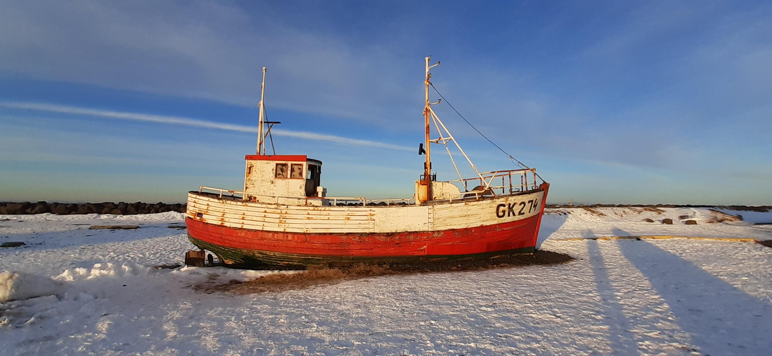 Fischerboot bei Keflavik